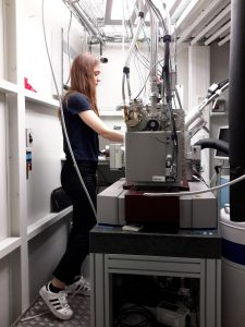 Nickie can analyse her crystals at the MX-Beamline.
